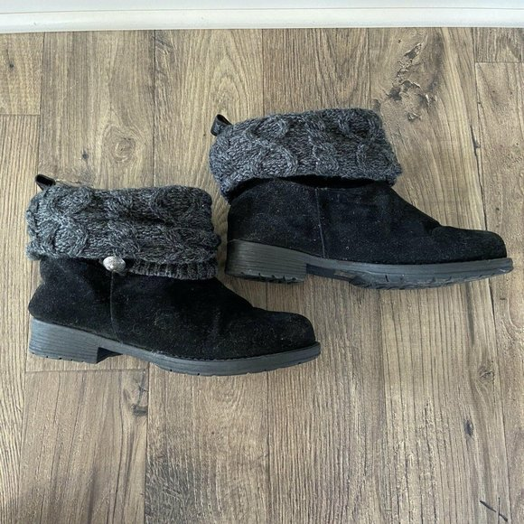 MUK LUKS Patrice Black Suede Ankle Booties Boots